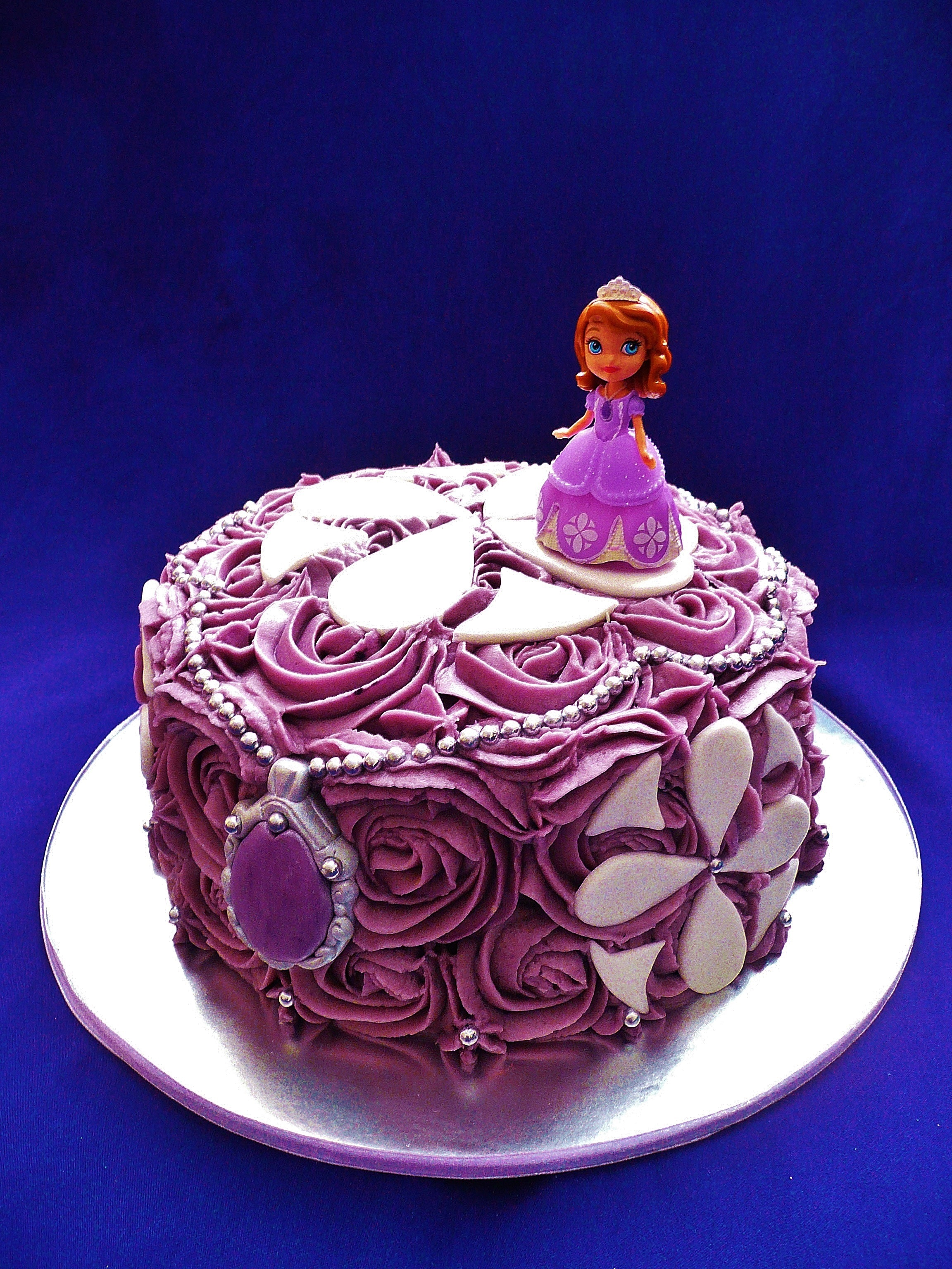 Cake Images Of Sofia The First : Sofia Cakes Cake Ideas and Designs